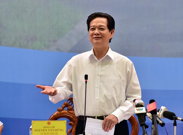Thủ tướng Nguyễn Tấn Dũng: Kéo dài chương trình xây nhà vượt lũ đến 2020 1