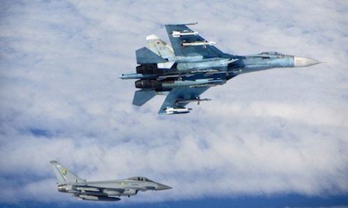 Chiến đấu cơ Nga bị tố chặn đầu máy bay do thám Mỹ 2