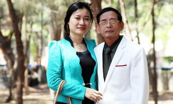 """Đại gia Lê Ân khen vợ trẻ: """"Vợ tôi có cái tâm tiên chứ không phải tâm người"""" 2"""