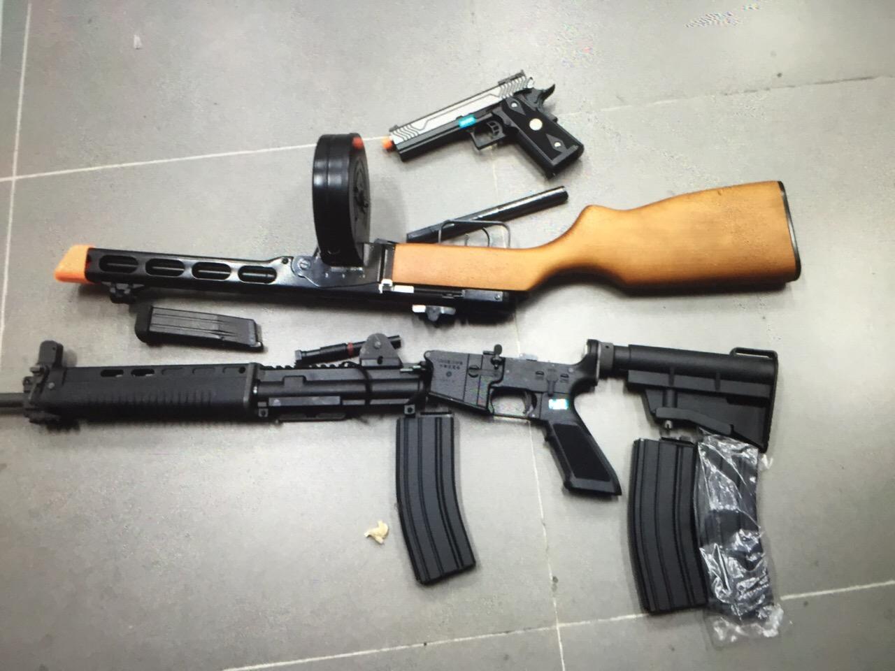 Bắt vụ gửi súng, lựu đạn từ Mỹ về Việt Nam 1
