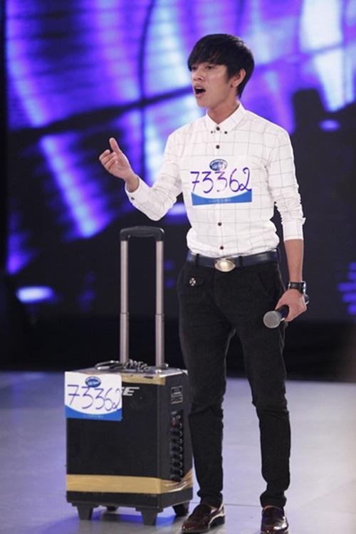 Vietnam idol 2015: Thu Minh bối rối vì 'hot boy kẹo kéo' khóc nức nở 1