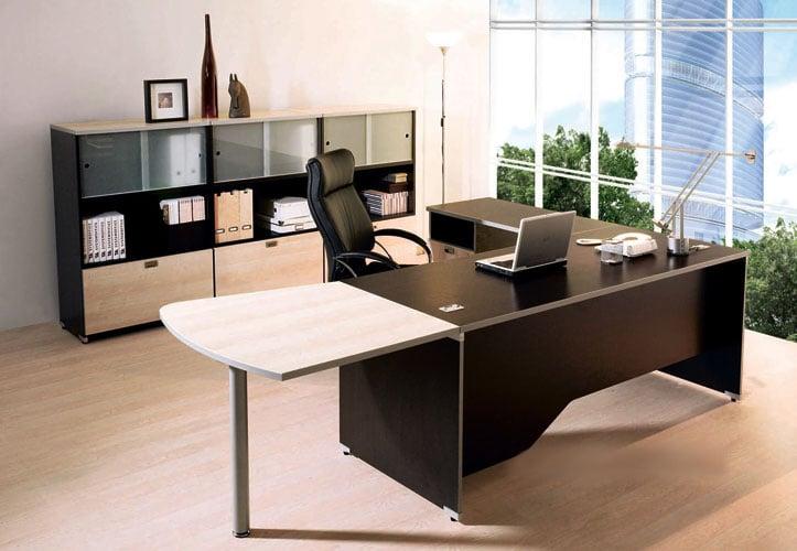 Hình ảnh Phong thủy văn phòng: Đặt két sắt, bàn giám đốc và bàn làm việc đúng phương vị số 1