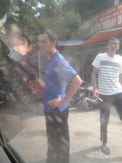 Lạng Sơn: Bức xúc nạn trấn tiền giữa ban ngày tại đền Chầu Mười 1