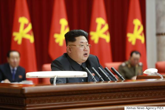 """Kim Jong-un: """"Biểu tượng thời trang"""" và những trào lưu gây sốt Triều Tiên 2"""