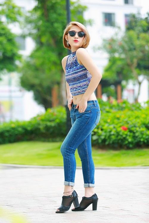 Trang Cherry phim 5S Online cực gợi cảm và cá tính xuống phố 2