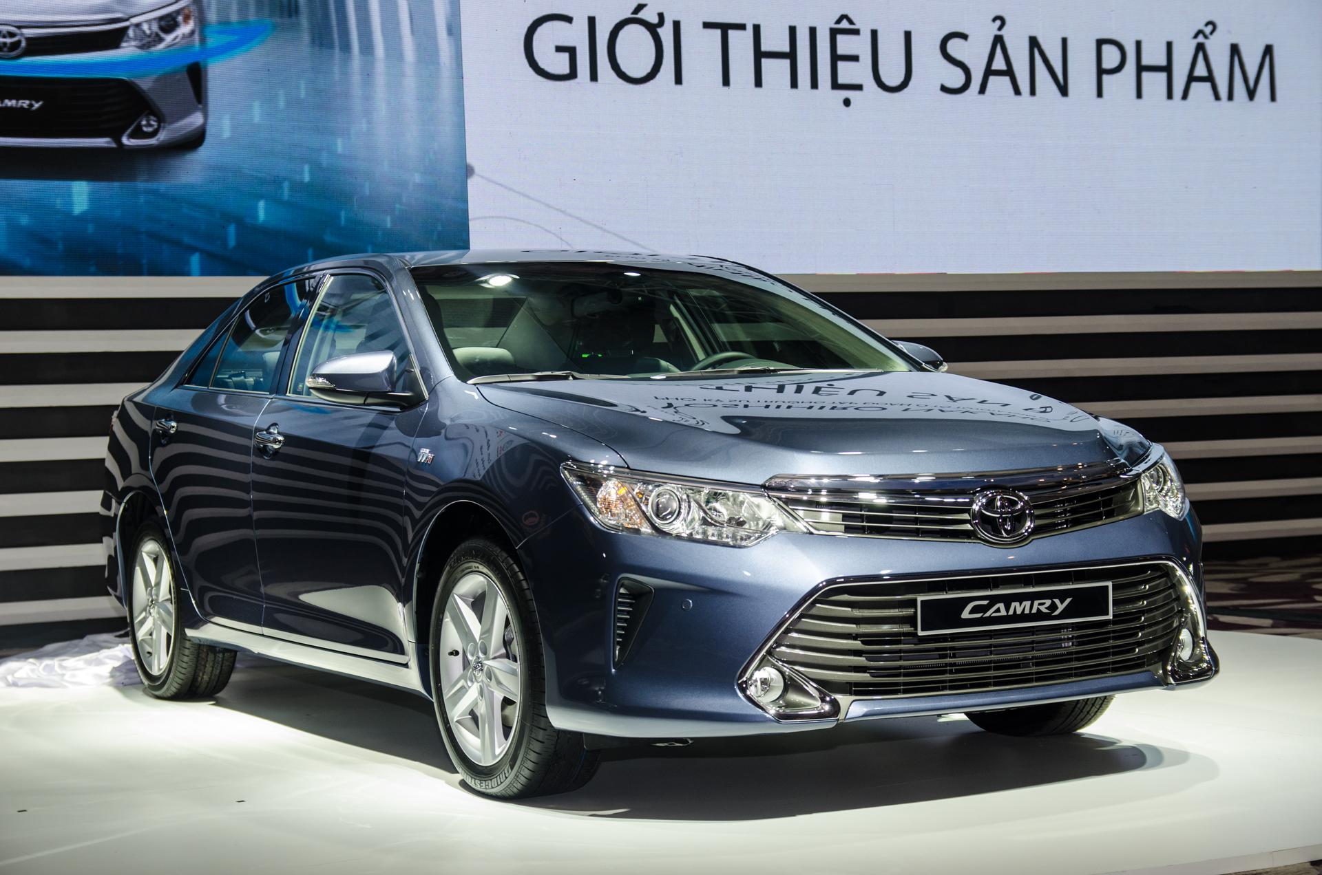 Toyota Camry 2015 ra mắt, giá cạnh tranh từ 1,08 tỷ đồng 2