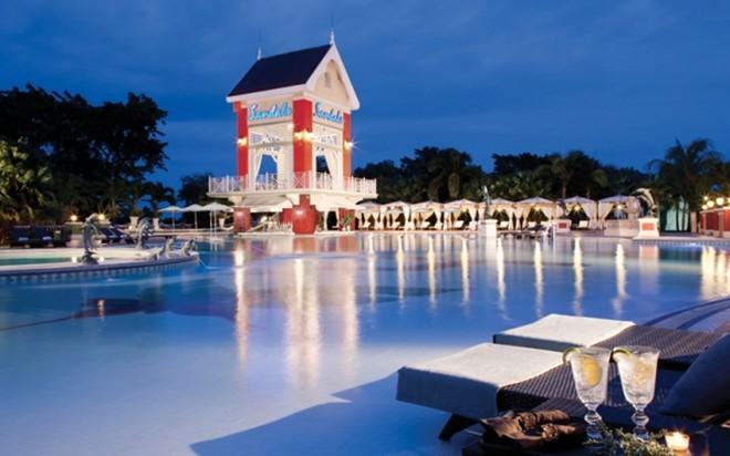 Hình ảnh Du lịch nhân dịp 30/4 -1/5 tại khách sạn tuyệt đẹp với 105 hồ bơi số 3