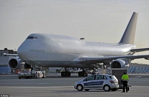 Bộ nội thất 13 nghìn tỉ trong máy bay riêng của đại gia bí ẩn 2