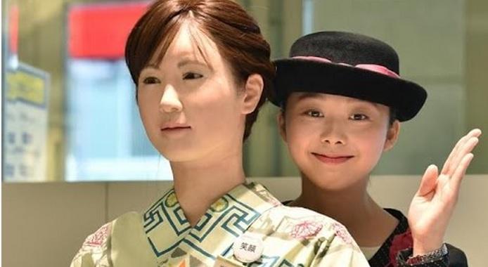 Clip: Cô gái robot xinh đẹp và nói chuyện như người thật 1