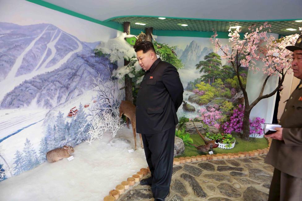 """Kim Jong-un hài lòng trước trại mồ côi đẹp như """"thiên đường"""" của Triều Tiên 3"""
