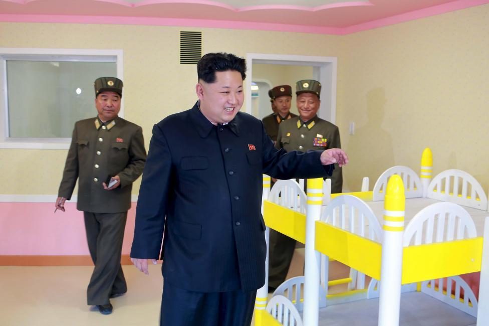 """Kim Jong-un hài lòng trước trại mồ côi đẹp như """"thiên đường"""" của Triều Tiên 6"""