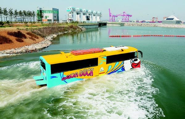Cận cảnh tuyến xe buýt chạy dưới nước đầu tiên tại Hàn Quốc 1