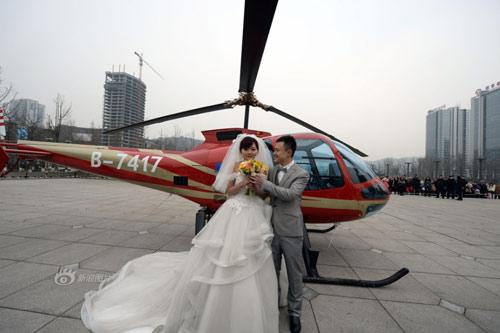Đại gia chi tiền tỷ  thuê máy bay đưa bạn gái lên trời để cầu hôn 7