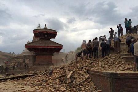 Thông tin mới nhất về người Việt ở tâm động đất Nepal 1