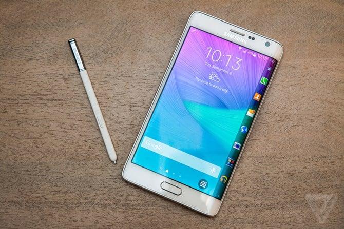 Hình ảnh 10 smartphone màn hình đẹp nhất hiện nay số 5