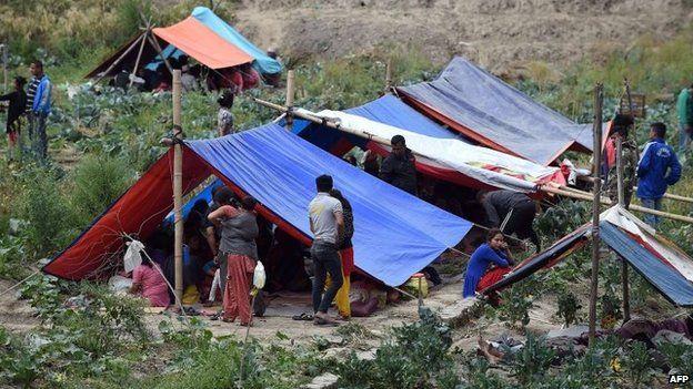 Động đất Nepal: Hơn 3.700 người chết, người dân tiếp tục hoảng loạn vì dư chấn 1