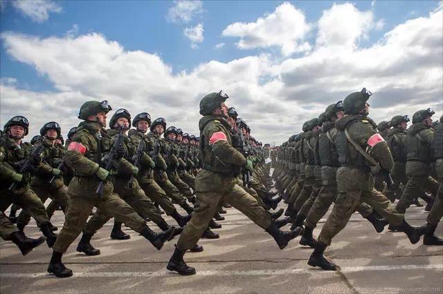 Kim Jong-un sẽ tham dự cuộc diễu binh lớn nhất lịch sử hiện đại của Nga 5