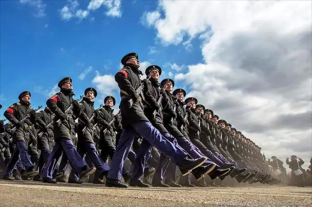 Kim Jong-un sẽ tham dự cuộc diễu binh lớn nhất lịch sử hiện đại của Nga 6