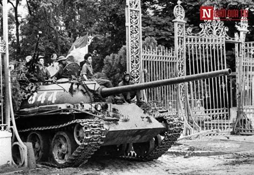 40 năm đất nước hòa bình: Đừng ngủ quên trong chiến thắng 1