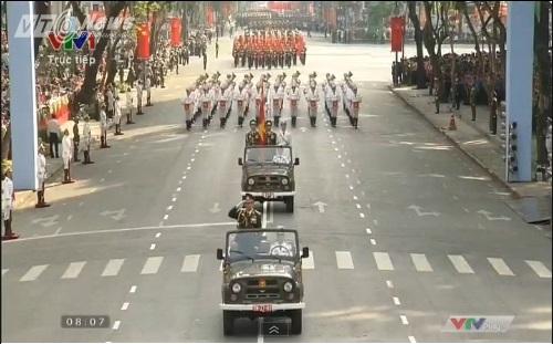 Trực tiếp: Lễ diễu binh, diễu hành kỷ niệm 40 năm giải phóng miền Nam thống nhất đất nước 33