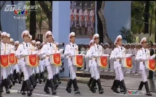 Trực tiếp: Lễ diễu binh, diễu hành kỷ niệm 40 năm giải phóng miền Nam thống nhất đất nước 32