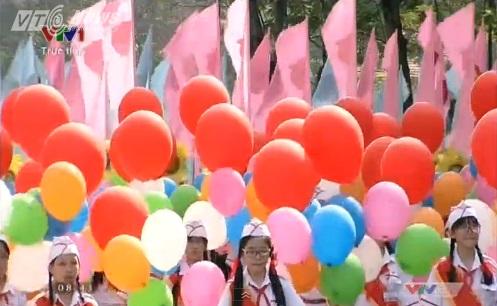 Trực tiếp: Lễ diễu binh, diễu hành kỷ niệm 40 năm giải phóng miền Nam thống nhất đất nước 8
