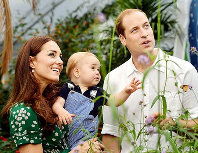 """""""Công chúa bé"""" của nước Anh chào đời 1"""