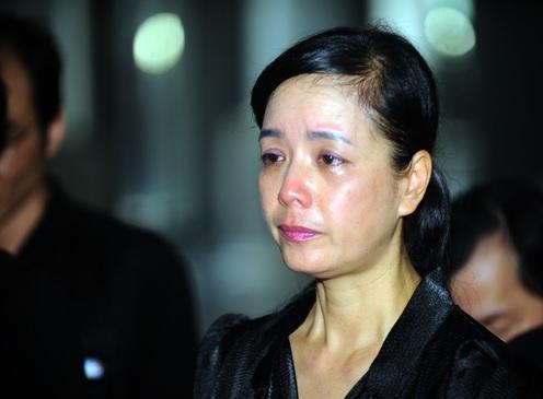 Nghệ sĩ Việt bật khóc tiễn đưa NSƯT Anh Dũng 2