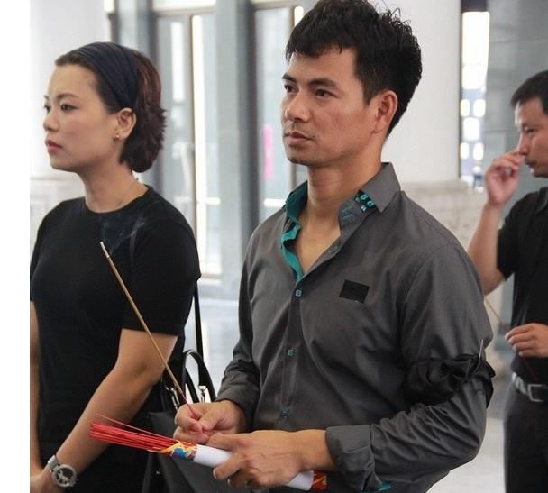 Nghệ sĩ Việt bật khóc tiễn đưa NSƯT Anh Dũng 3