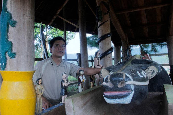 Ngôi làng 'nhà tranh vách gỗ' trị giá gần 4 tỷ đồng  11