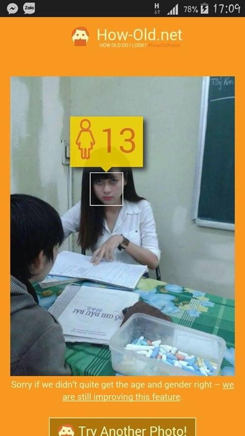 Cô giáo xinh như hot girl bị nam sinh trong lớp trêu ghẹo 7