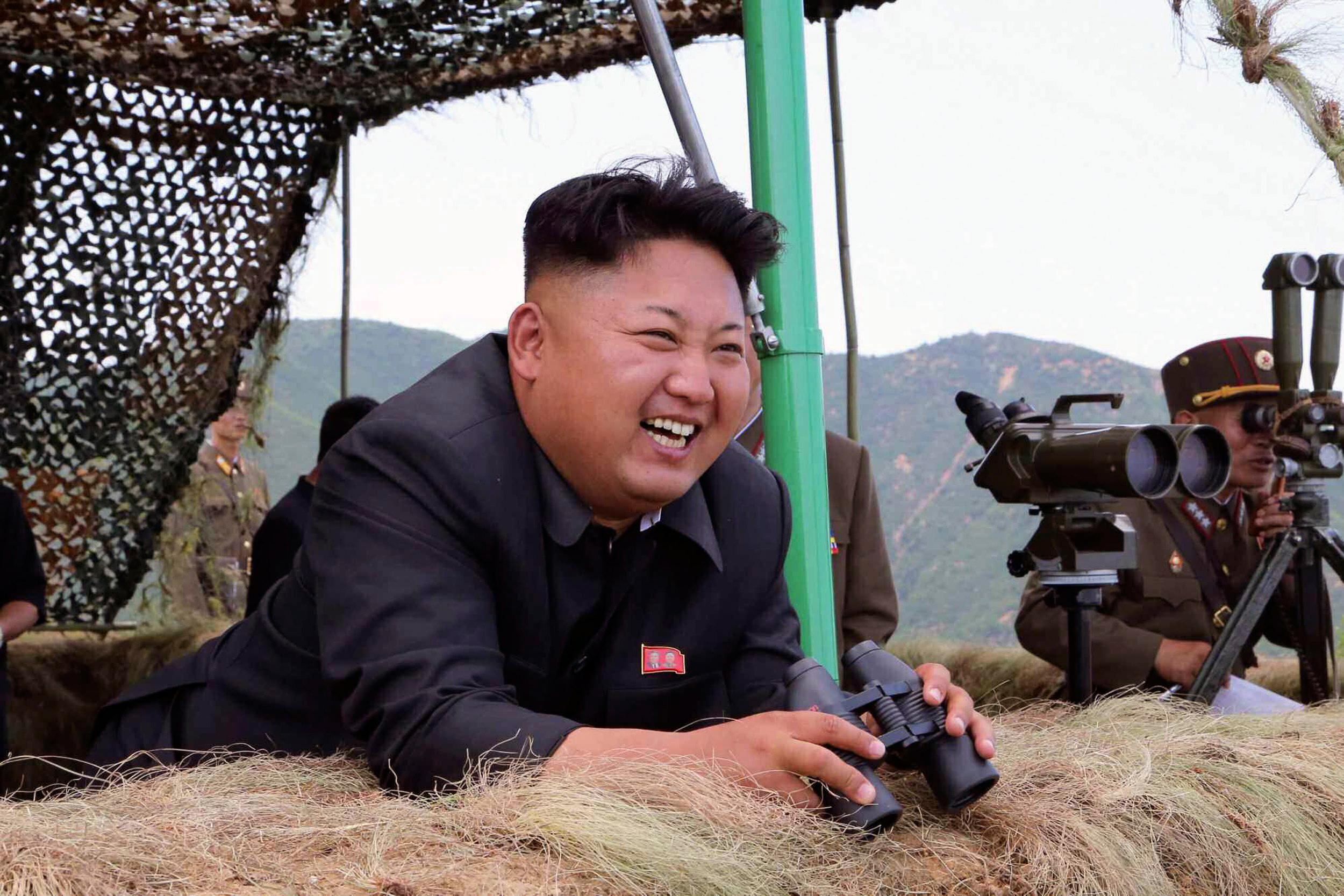 """Truyền thông quốc tế đã bị ông Kim Jong Un trẻ tuổi """"xỏ mũi""""? 1"""