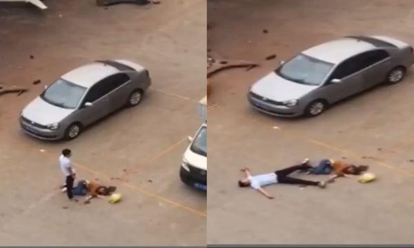 Kinh hoàng clip chồng đâm chết vợ giữa phố vì không cho ngủ cùng 1