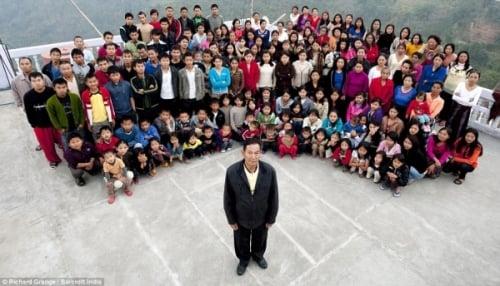 Cận cảnh cuộc sống của người đàn ông có 39 vợ, 94 con và 33 cháu 1