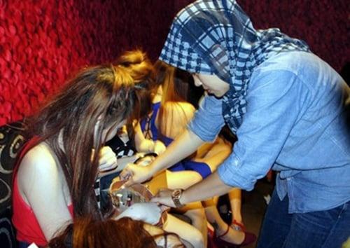 Nhiều phụ nữ Việt bị ép bán dâm ở Malaysia được giải cứu 1