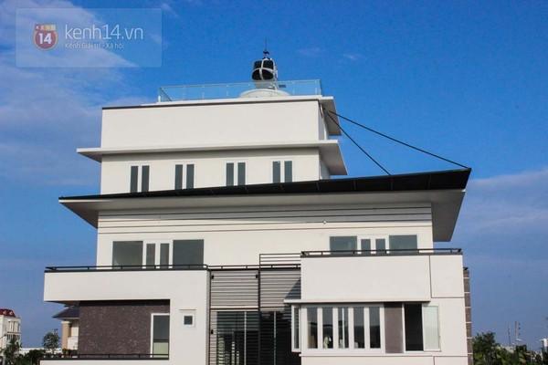 Đại gia Hải Dương bị đề nghị tháo dỡ máy bay trên nóc nhà 1