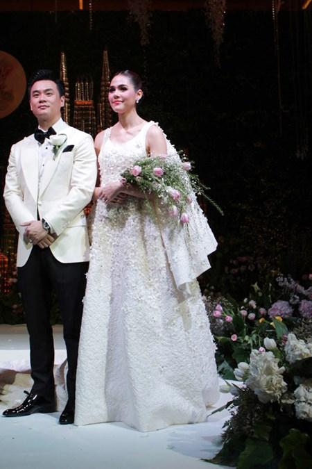 Cận cảnh đám cưới gần trăm tỷ của nữ diễn viên đẹp nhất Thái Lan 5