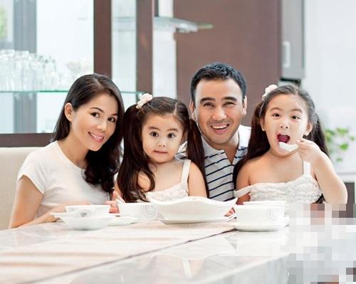 Hình ảnh MC Quyền Linh và tuổi thơ từng phải đi lượm ve chai, lông vịt số 3
