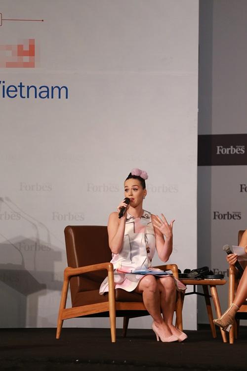 Katy Perry tiết lộ có bạn thân là người Việt Nam 6