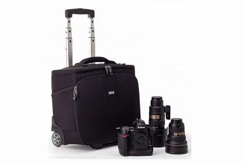Hình ảnh Lý do không nên để máy ảnh vào hành lý trên máy bay số 1