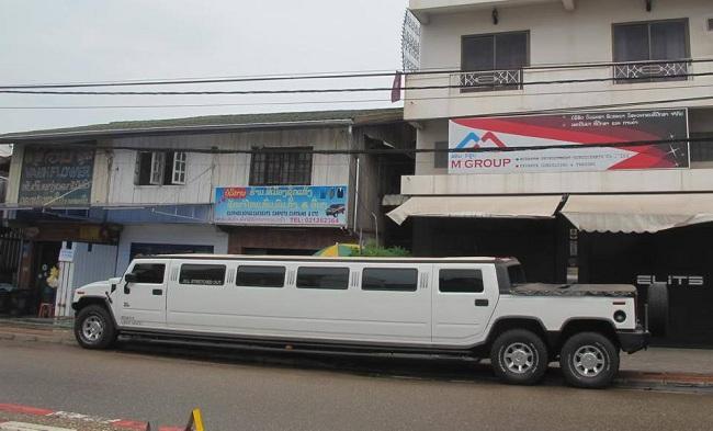 Dàn siêu xe Lào khiến đại gia Việt lác mắt 11