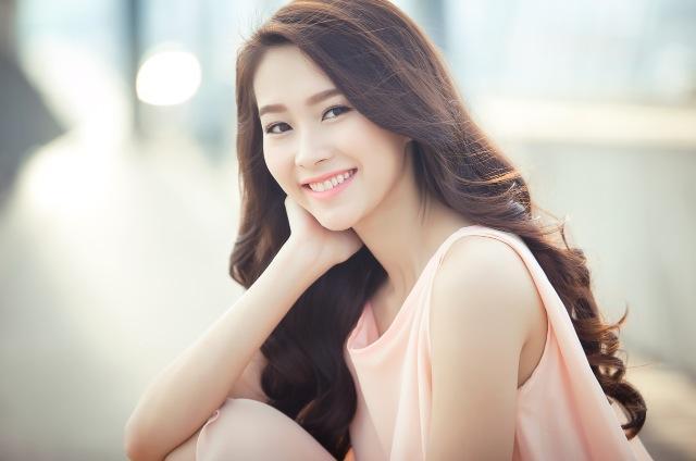 Mai Phương Thúy thán phục trước nhan sắc của Hoa hậu Đặng Thu Thảo 1