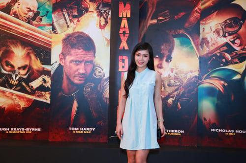 Huyền My xuất hiện cực sành điệu trong buổi ra mắt phim tại Hà Nội 6