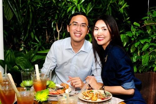 Chồng Tăng Thanh Hà khoe khéo con trai dịp đầy tháng 4