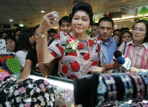 Người cô vợ giàu có, siêu quyền lực của bố chồng Hà Tăng 4