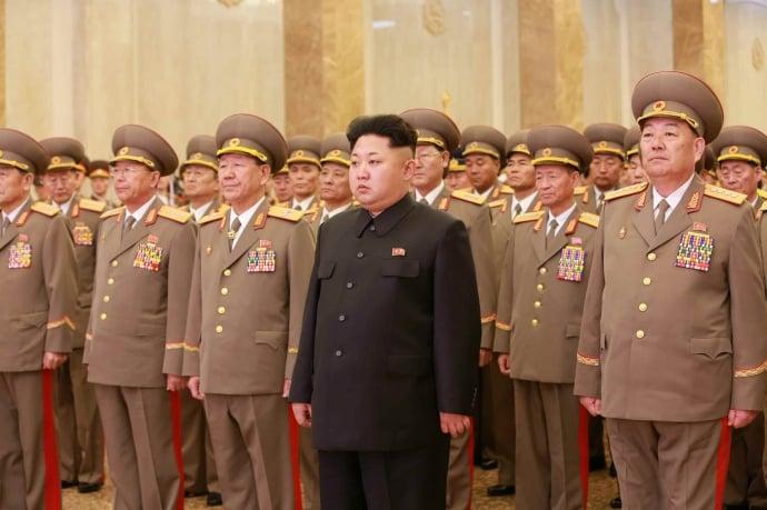 Báo Hàn: Thứ trưởng Quốc phòng Triều Tiên bị xử tử vì bớt khẩu phần ăn 2