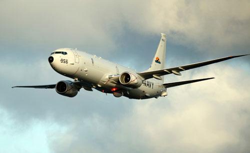 Nóng: Video máy bay do thám Mỹ tiến sát bãi đá bị Trung Quốc cải tạo  2
