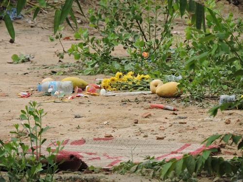 Xót xa hoàn cảnh của 4 cháu bé chết trên rạch nước 2