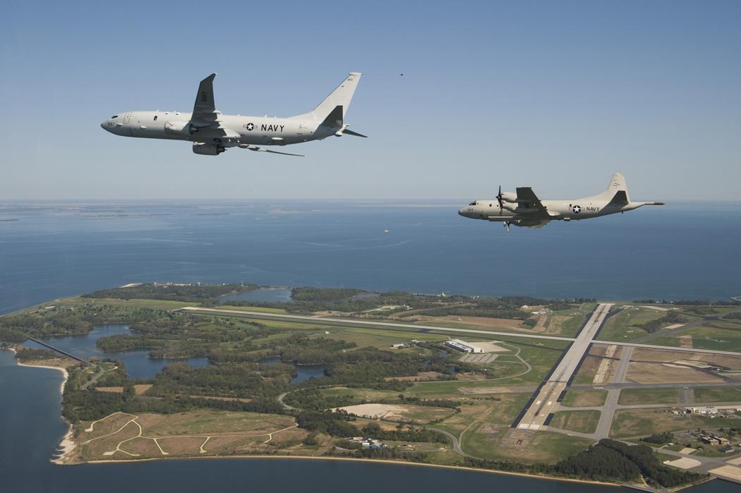 Mỹ cam kết tiếp tục tuần tra Biển Đông, bất chấp Trung Quốc xua đuổi 2