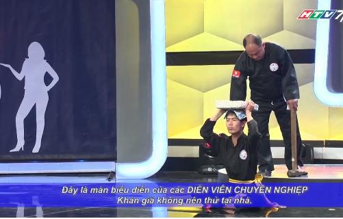 Người bí ẩn 2015 tập 11: Hoài Linh, Việt Hương ôm heo lên sân khấu 7